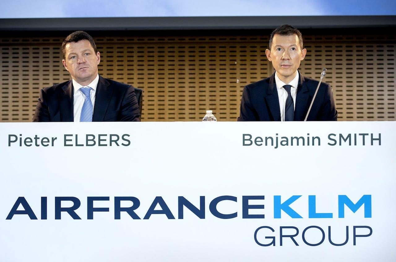 Elbers (CEO, KLM) en Ben Smith (CEO) tijdens de bekendmaking van de jaarcijfers van Air France-KLM.