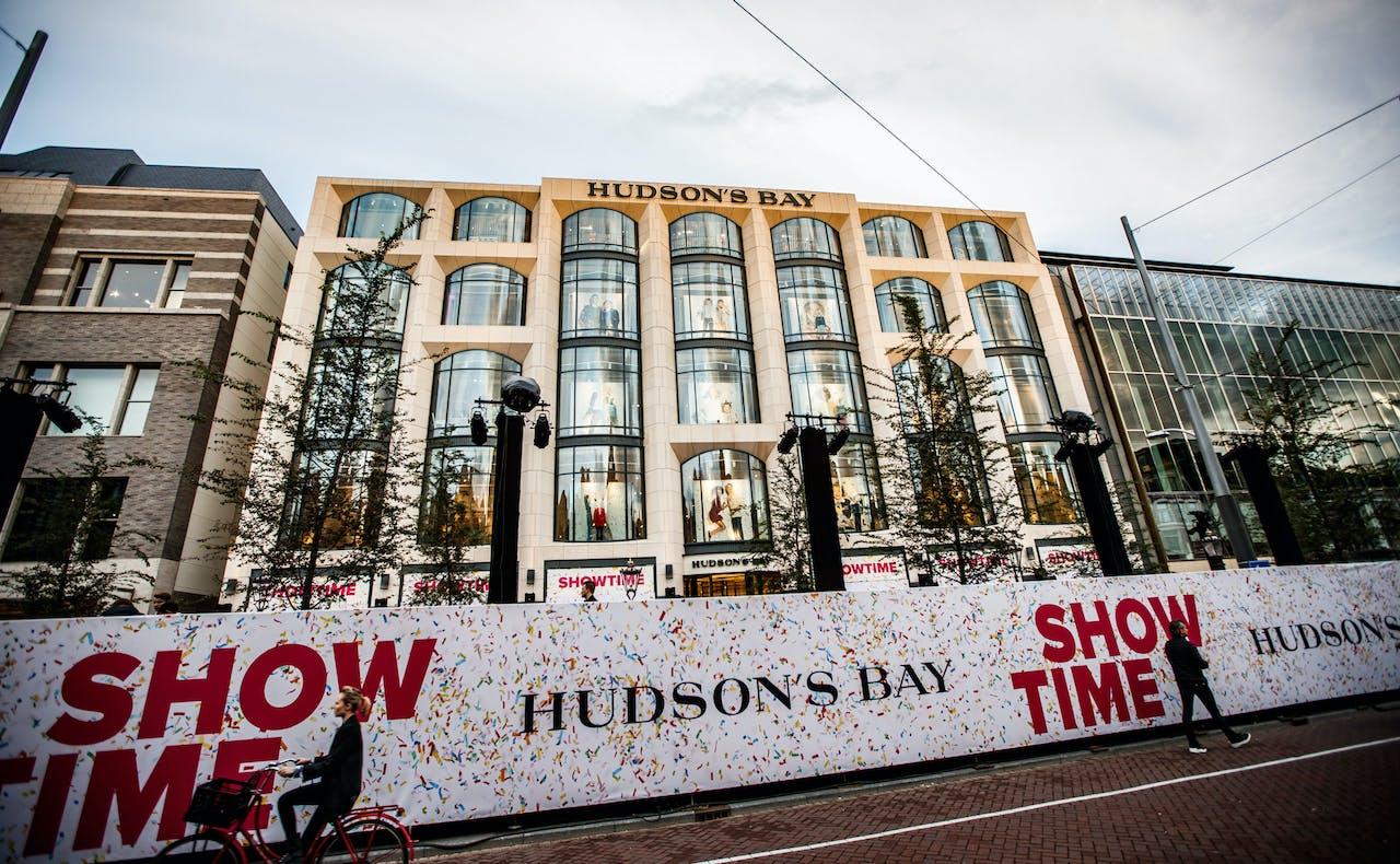 AMSTERDAM - De officiele opening van warenhuis Hudson's Bay aan het Rokin. ANP LEVIN EN PAULA