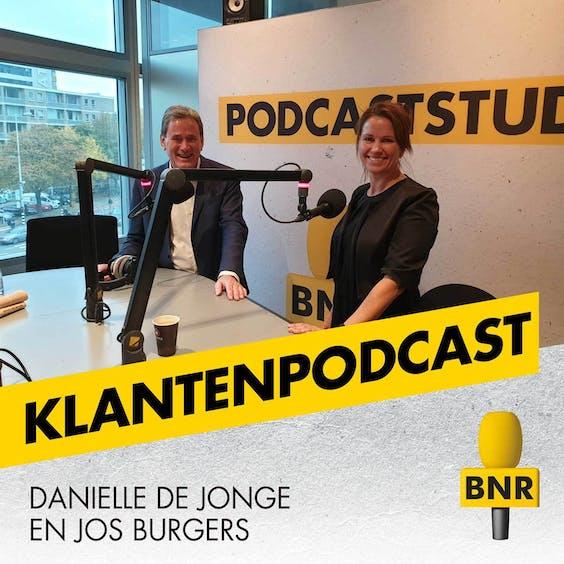 Daniëlle de Jonge en Jos Burgers, hosts van De Klantenpodcast