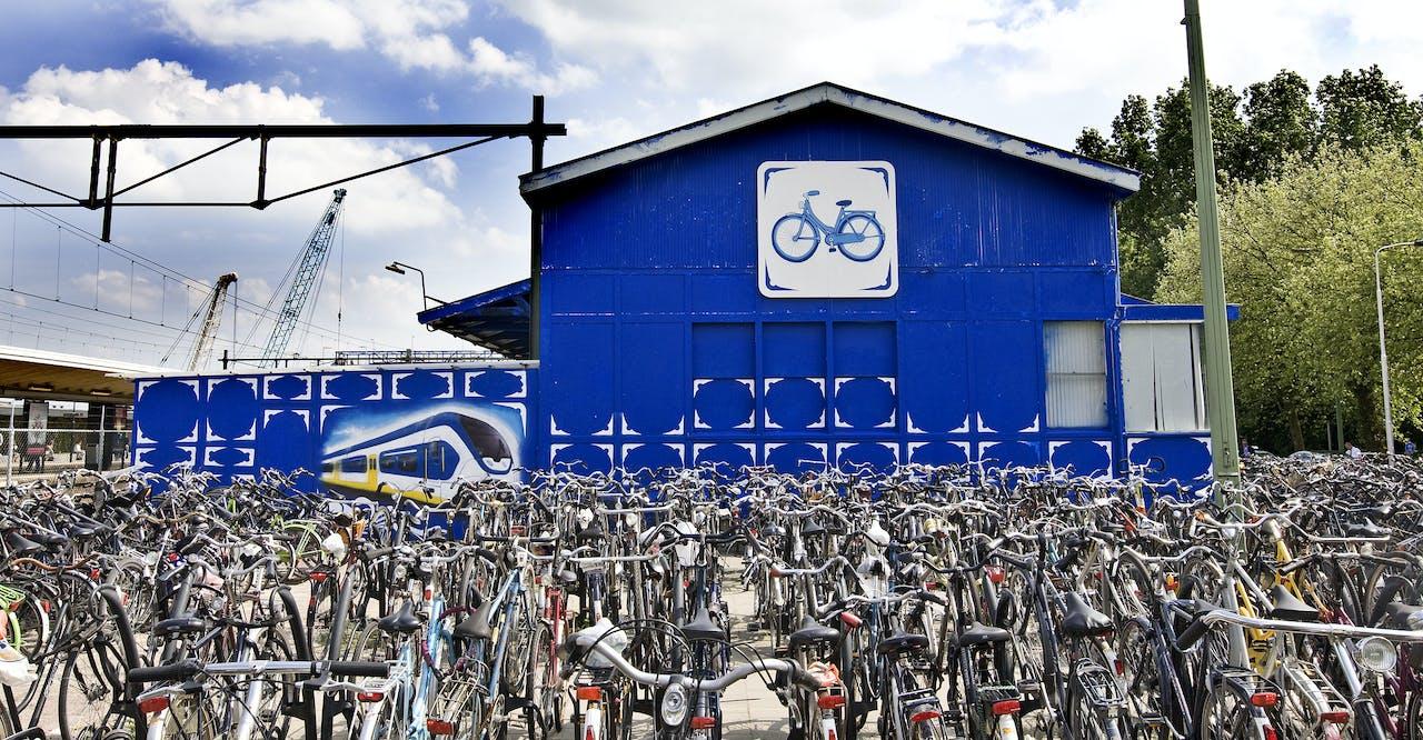 ProRail komt 150.000 fietsplekken tekort