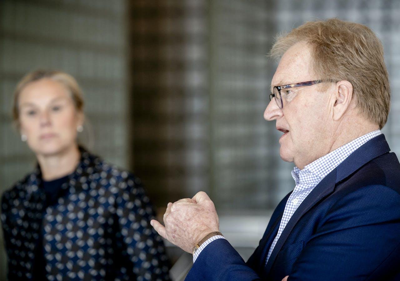 Minister Sigrid Kaag voor Buitenlandse Handel en VNO-NCW-voorzitter Hans de Boer.