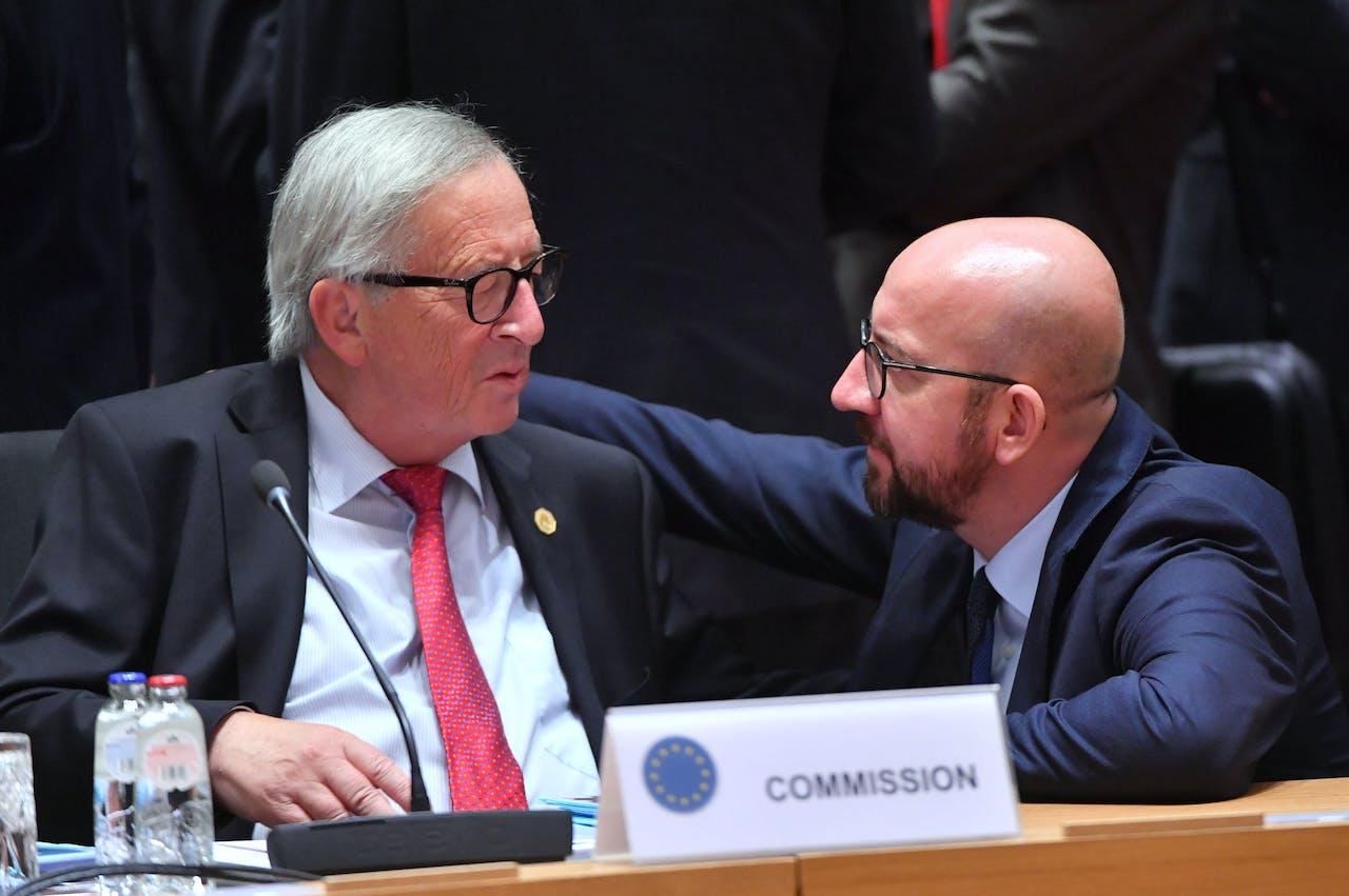President van de Europese Commissie Juncker en de Belgische premier Charles Michel.