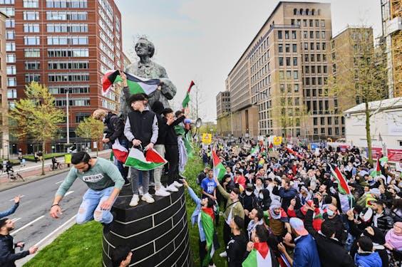Protesten tegen het geweld in het Midden-Oosten