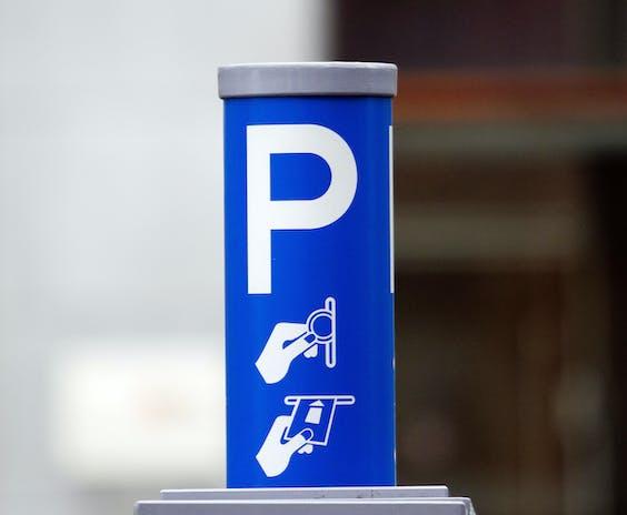 We maken minder gebruik van parkeerautomaten