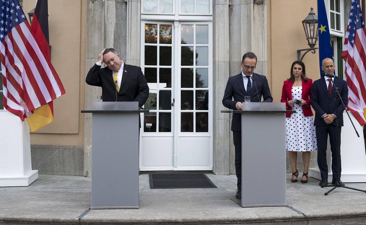 Mike Pompeo (links), de minister van Buitenlandse Zaken van de Verenigde Staten deed eerder deze dag een bezoek aan zijn Duitse ambtgenoot Heiko Maas (rechts).