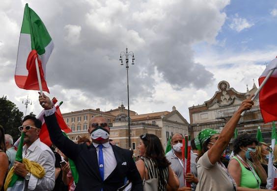 Mensen op straat in Italië