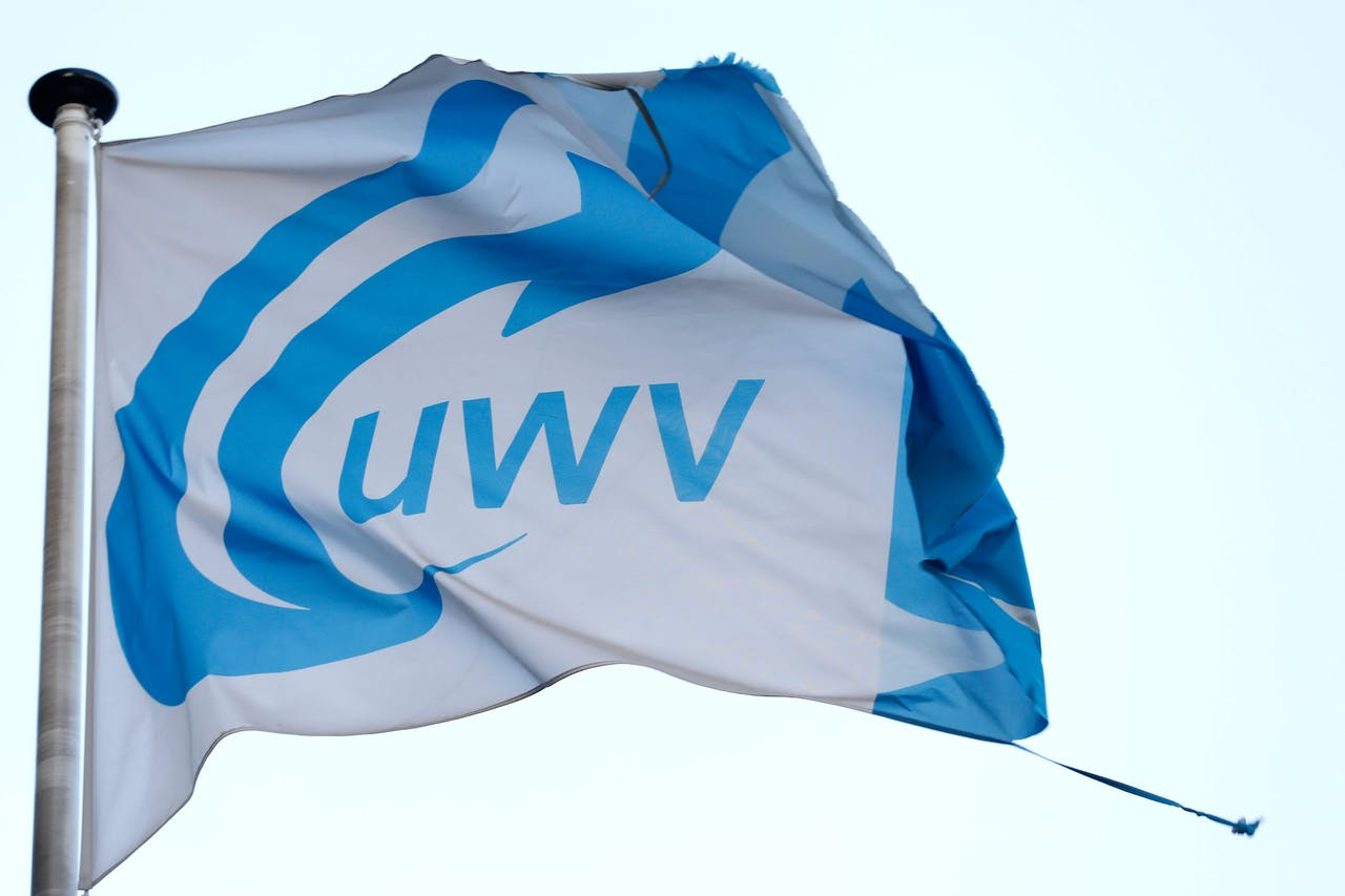 2017-11-13 17:05:02 ROTTERDAM - Het logo van uitkeringsinstantie UWV. ANP BAS CZERWINSKI