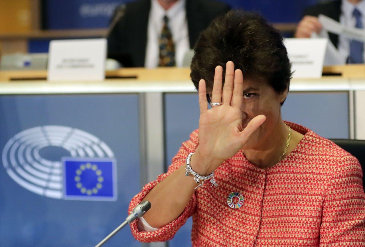 De in het nauw gedreven Sylvia Goulard. Het Europees Parlement dreigt niet akkoord te gaan met haar nominatie als de nieuwe Eurocommissaris voor de Interne Markt.